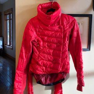 Red Lululemon puffy jacket SIZE: 6